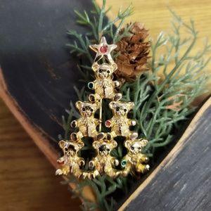 Vintage 1970's Christmas Teddy Bear Tree Brooch